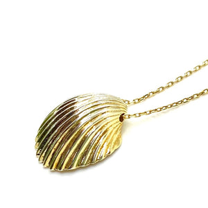 18k Yellow Gold Vermeil Large Fan Shell Charm Necklace