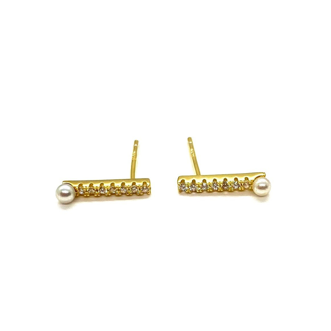 18k-Yellow-Gold-Vermeil-Mini-Pearl-Tip-Pave-Cubic-Zirconia-Bar-Studs