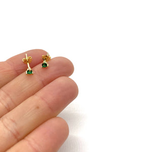 18k-Yellow-Gold-Vermeil-Mini-Stone-And-Prong-Studs-Emerald-Green-Cubic-Zirconia