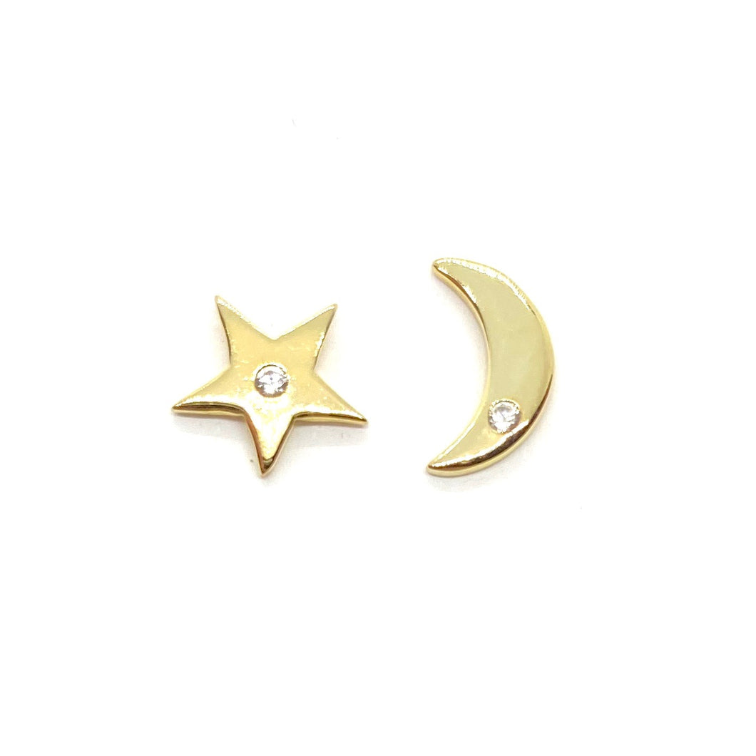 18k-Yellow-Gold-Vermeil-Mix-Matched-Gold-Star-And-Moon-Studs