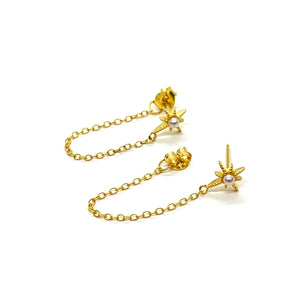 18k-Yellow-Gold-Vermeil-Riley-Starburst-And-Pearl-Chain-Studs