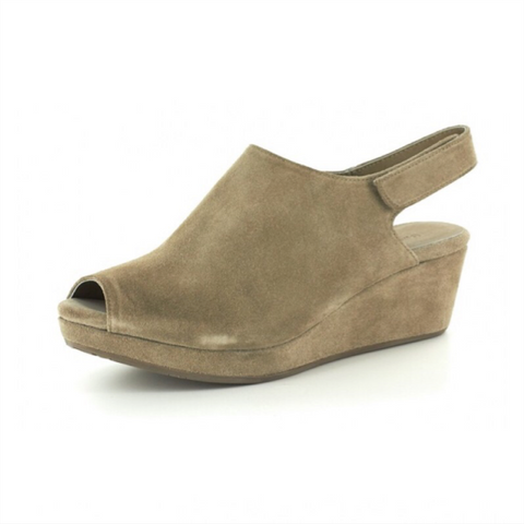 Web Wedge - Camel
