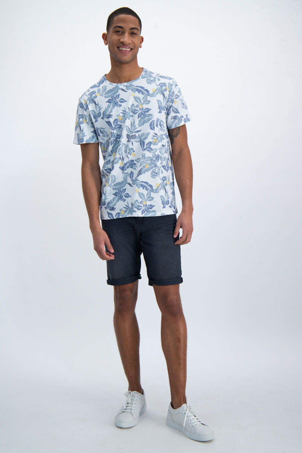 Mens Shorts - Black | Shop Garcia at Wallace and Gibbs