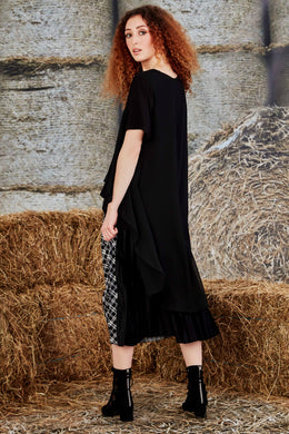 Curate Long Tales Top - Black | Shop Curate at Wallace & Gibbs NZ