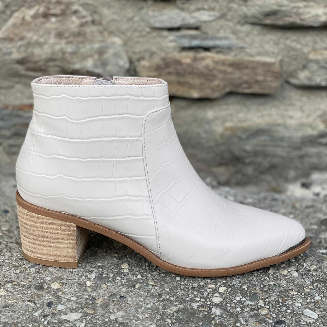 Silent D Hectors Boot | Shop at Wallace and Gibbs NZ