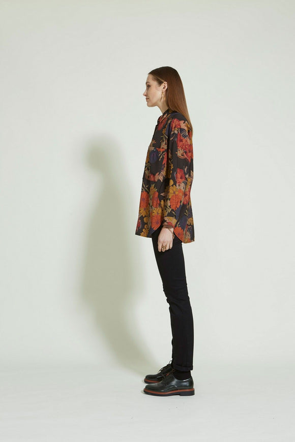 Sills Demi Floral Shirt Black Floral | Sills in NZ Wallace & Gibbs