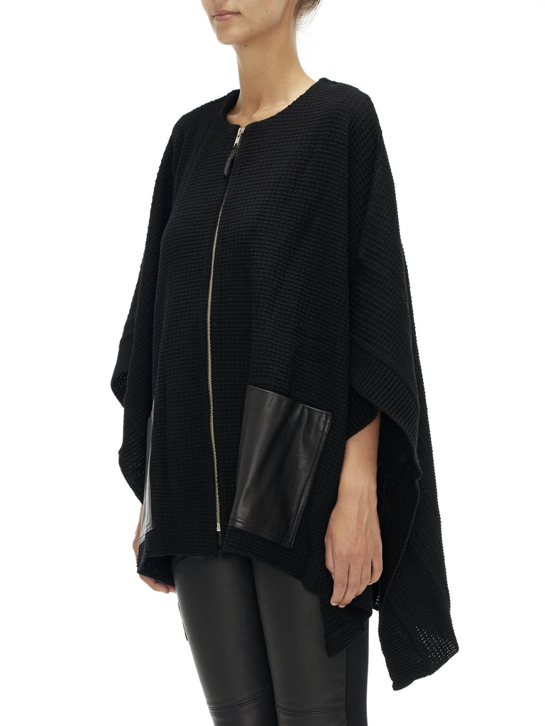 Sabatini Poncho With Leather Pockets - Black