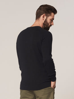 Mens Crew LS Square Knit | Shop Dstrezzed at Wallace and Gibbs