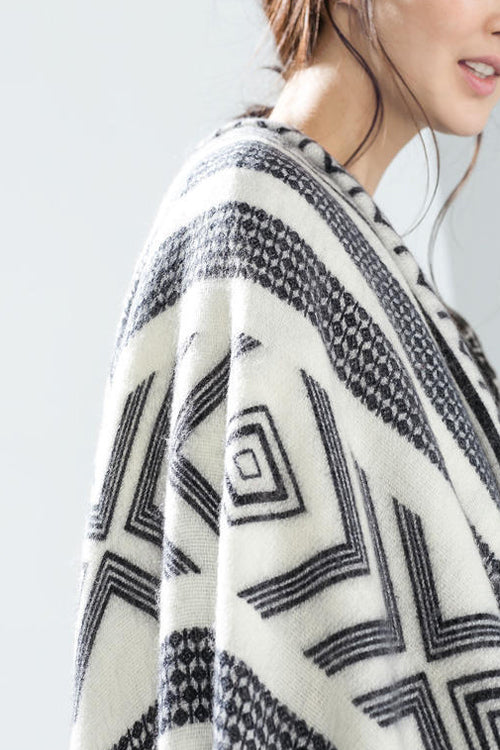 Geometrical Ethnic Cashmere Fall Scarf