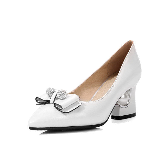Retro Pumps with Pearl Heel