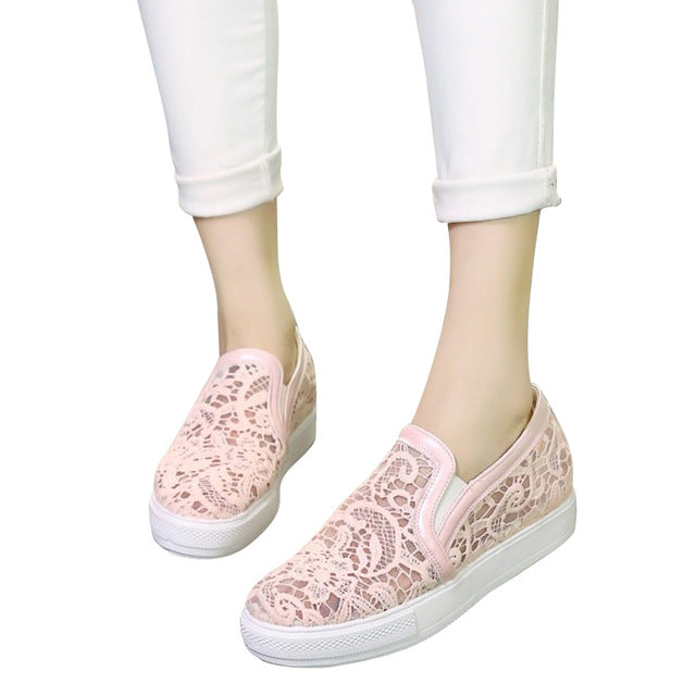 Casual Women Loafers Platform Slip On.   Flats Shoes.   Woman Floral Lace Flat,
