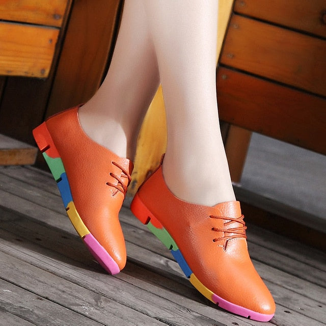 2018 new breathable genuine leather flats shoes for woman.