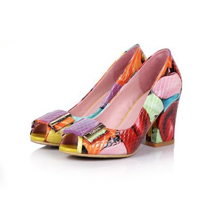 Fashion pumps. Multi color. Genuine Patent Leather