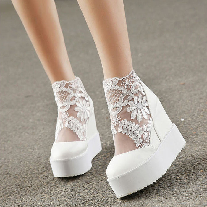 Fashion, Sweet Lace Roman Shoes/ Women Wedge Heels /White Platforms