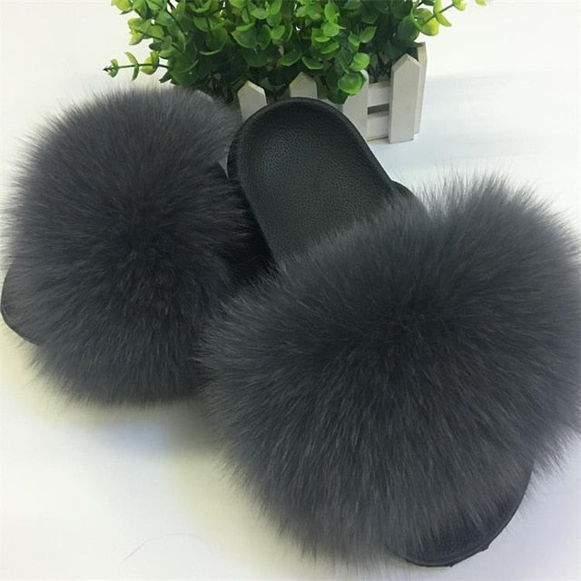 2019 Summer holiday Women Fox Fur Slippers.   100% Real Fur Slides.  Casual Beach.  Plush Shoes