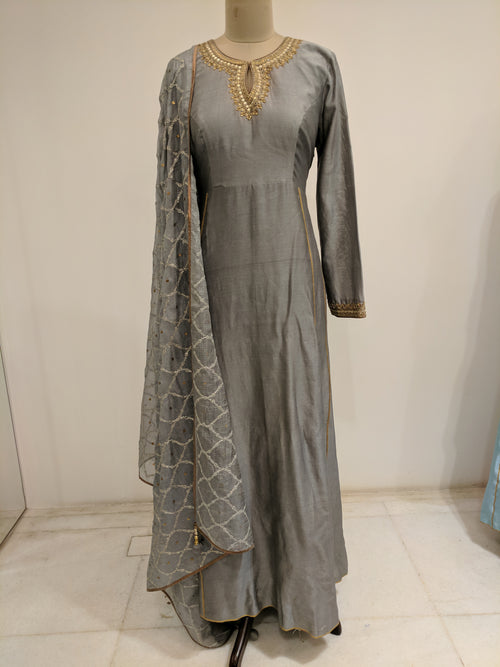 Grey Gota Jaal Kurta Set