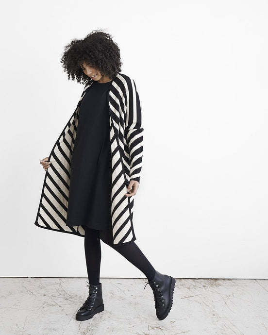 KNIT STRIPE-neuletakki, Black/White Sand