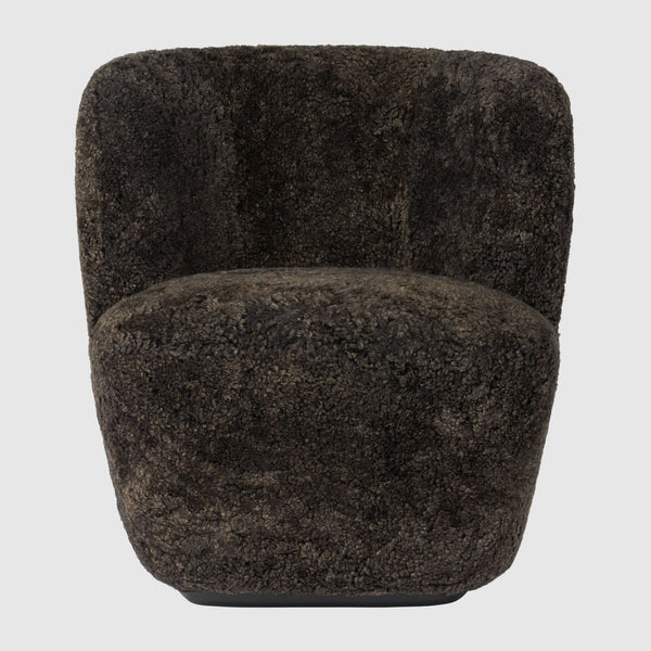 Stay Lounge Chair - Small, with base, Sheepskin upholstery