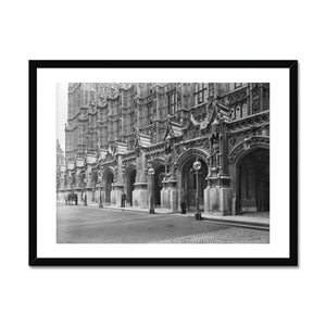 New Palace Yard with a policeman, c.1905 Framed Print