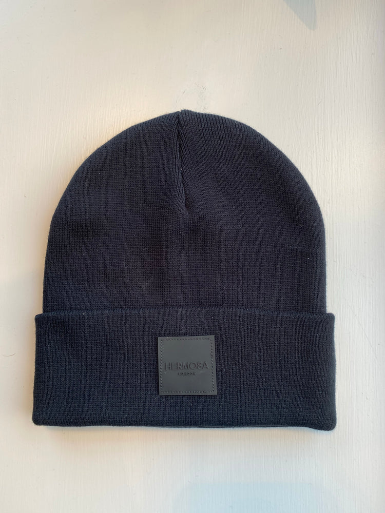 Load image into Gallery viewer, Black Beanie Hat
