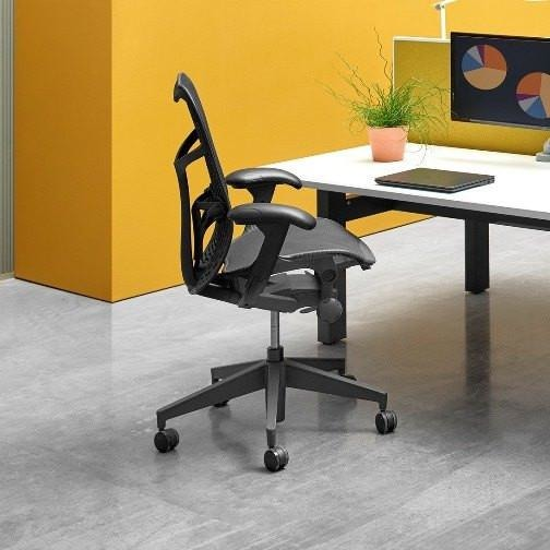 Mirra 2 Chair in Graphite - TSI Workspace