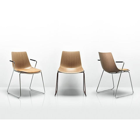 Curve Chair - TSI Workspace