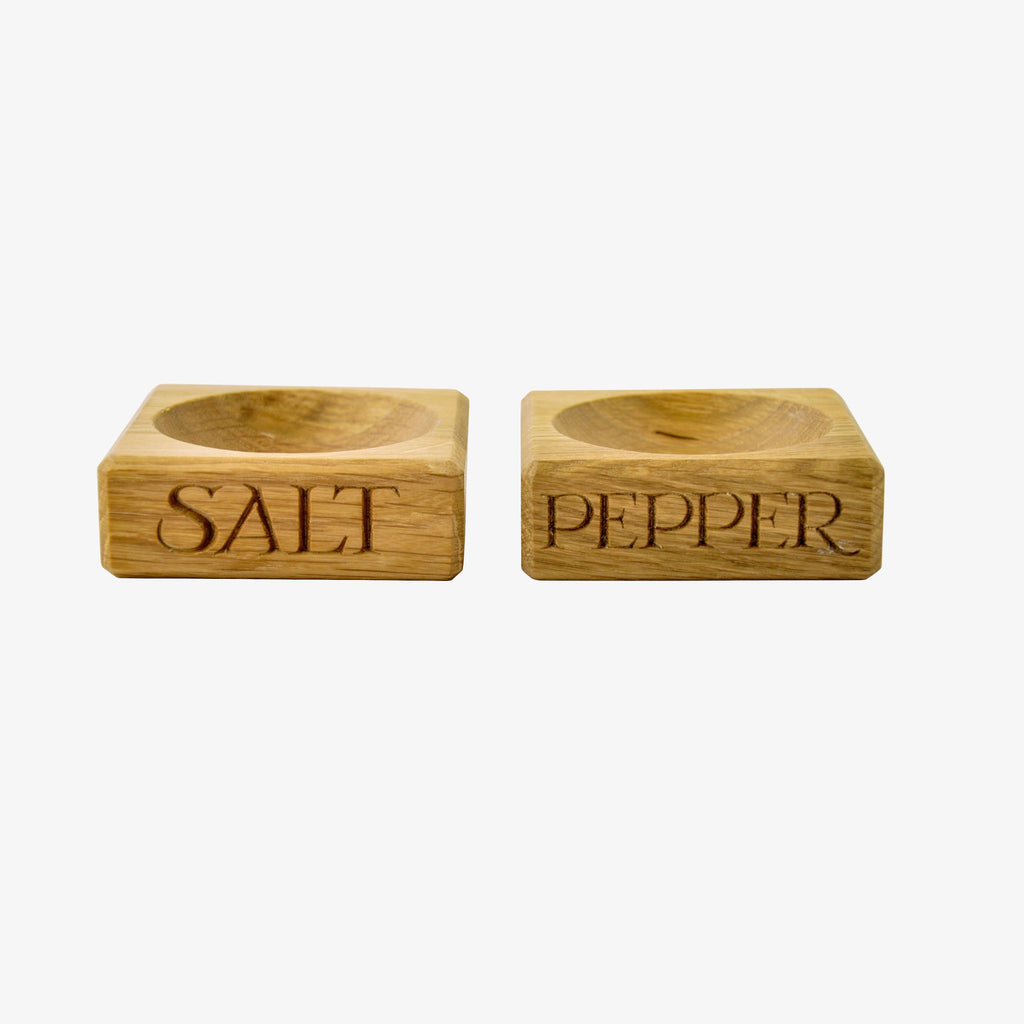 Black Toast Set of 2 Wooden Salt & Pepper Pinch Pots