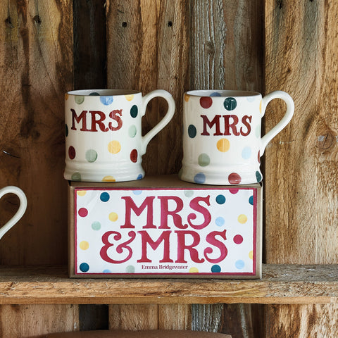 Polka Dot Mrs & Mrs Set of 2 1/2 Pint Mugs Boxed