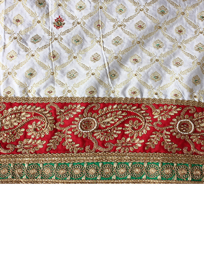 White panetar with kundan beads and zari embroidery