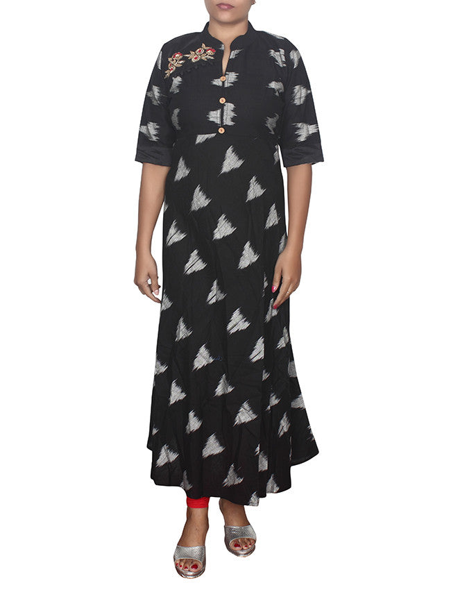 Black designer kurti with handwork