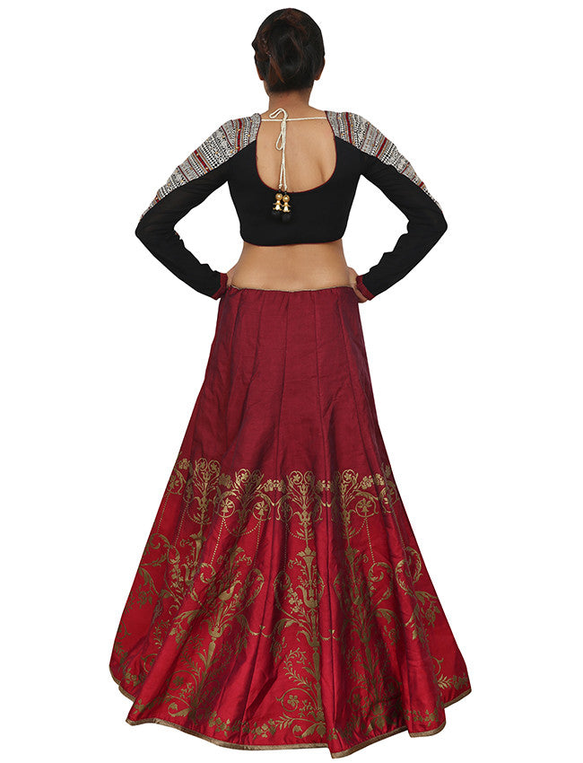 Cream red unstitched bridal lehenga is with zari embroidery and cording