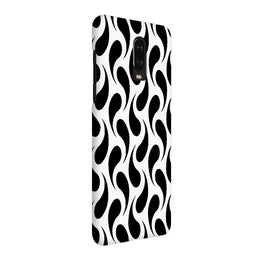 Black White Fishy OnePlus 7 Cover Case (For Girls)