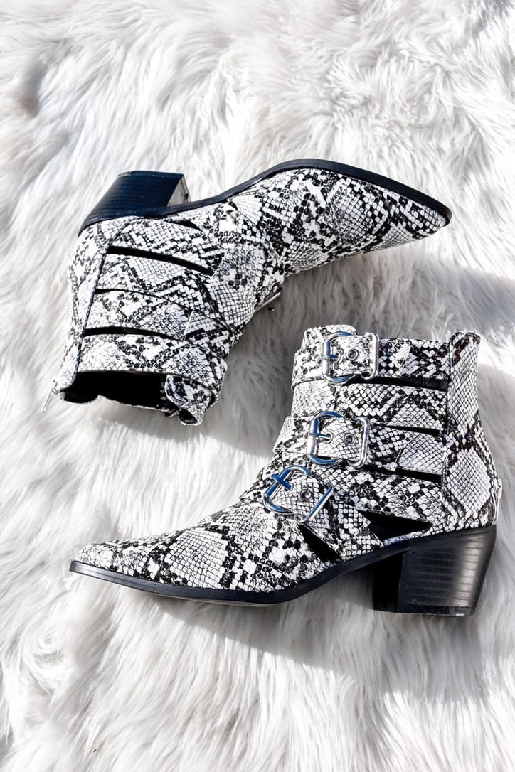 Way Out West Booties-Shoes-U&I Boutique