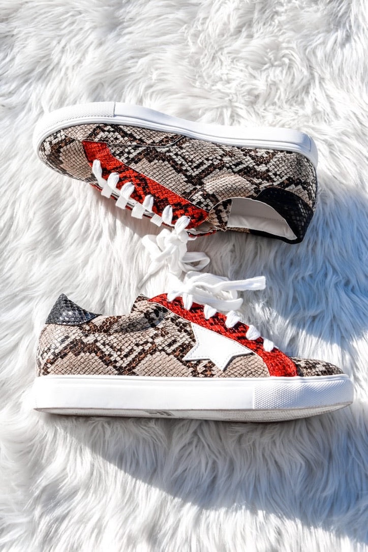 Run It Back Sneakers-Shoes-U&I Boutique