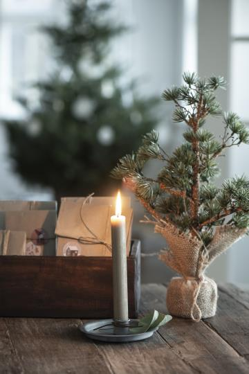 Simple Grey Zinc Candle Holder