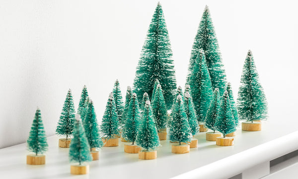 28pc Mini Xmas Tree Set