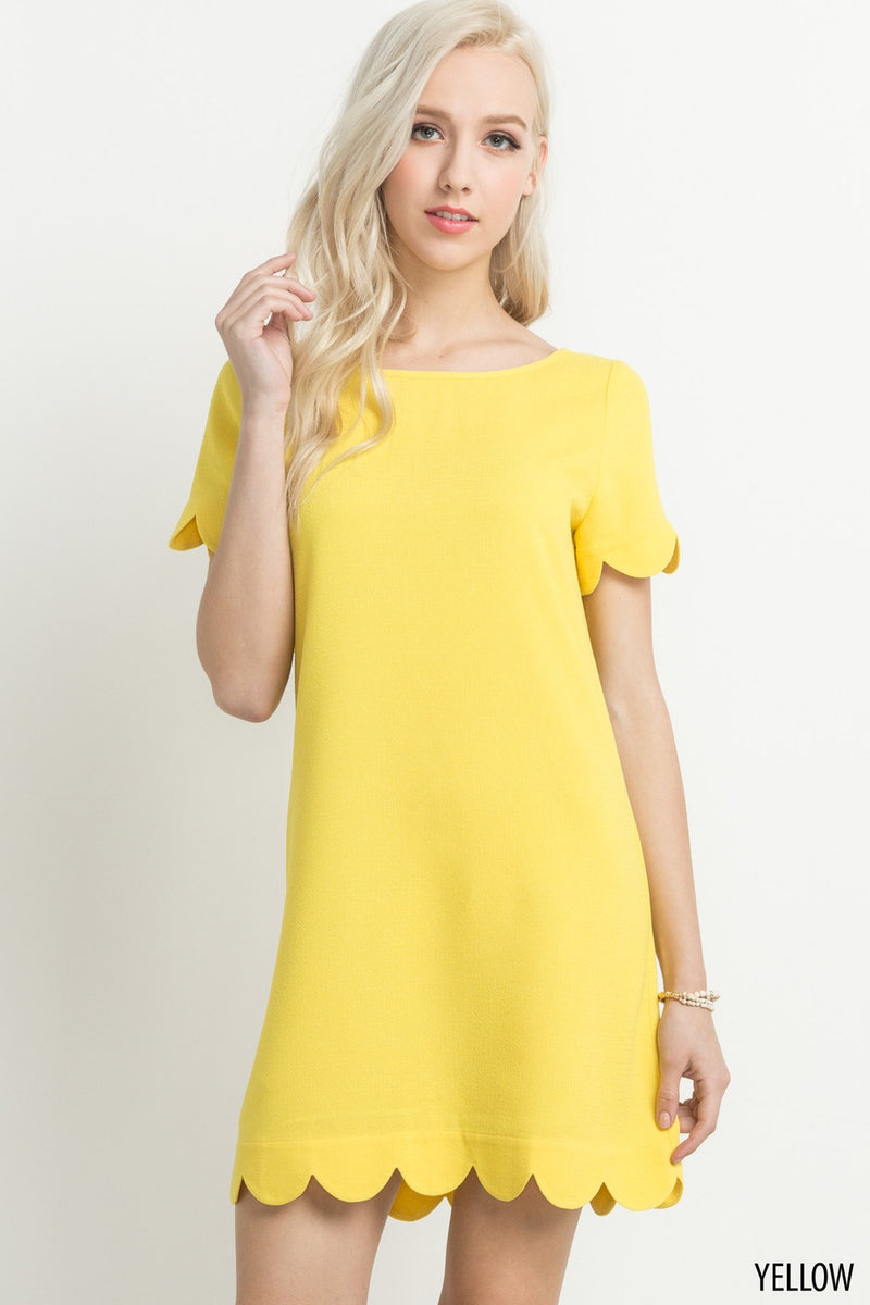 Scalloped Hem Short Sleeve Dress in Yellow