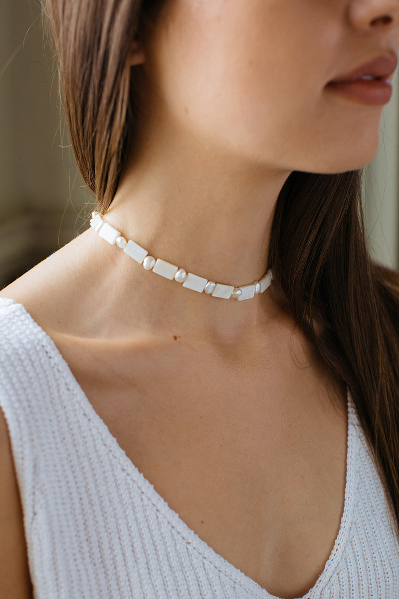 hart pearl smile necklace