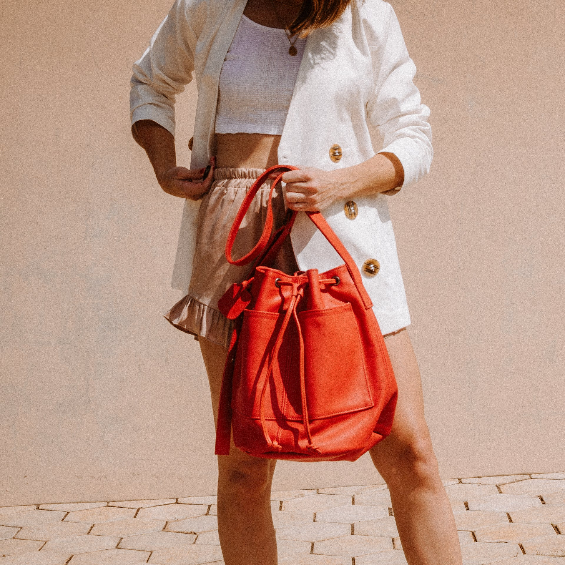 THANDANA genuine leather bucket bag in red