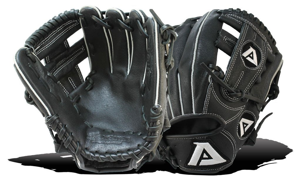 "AKADEMA AJP 96 10.5"", T-Web, Open Back Youth Glove-RT/LT, Starter Glove"