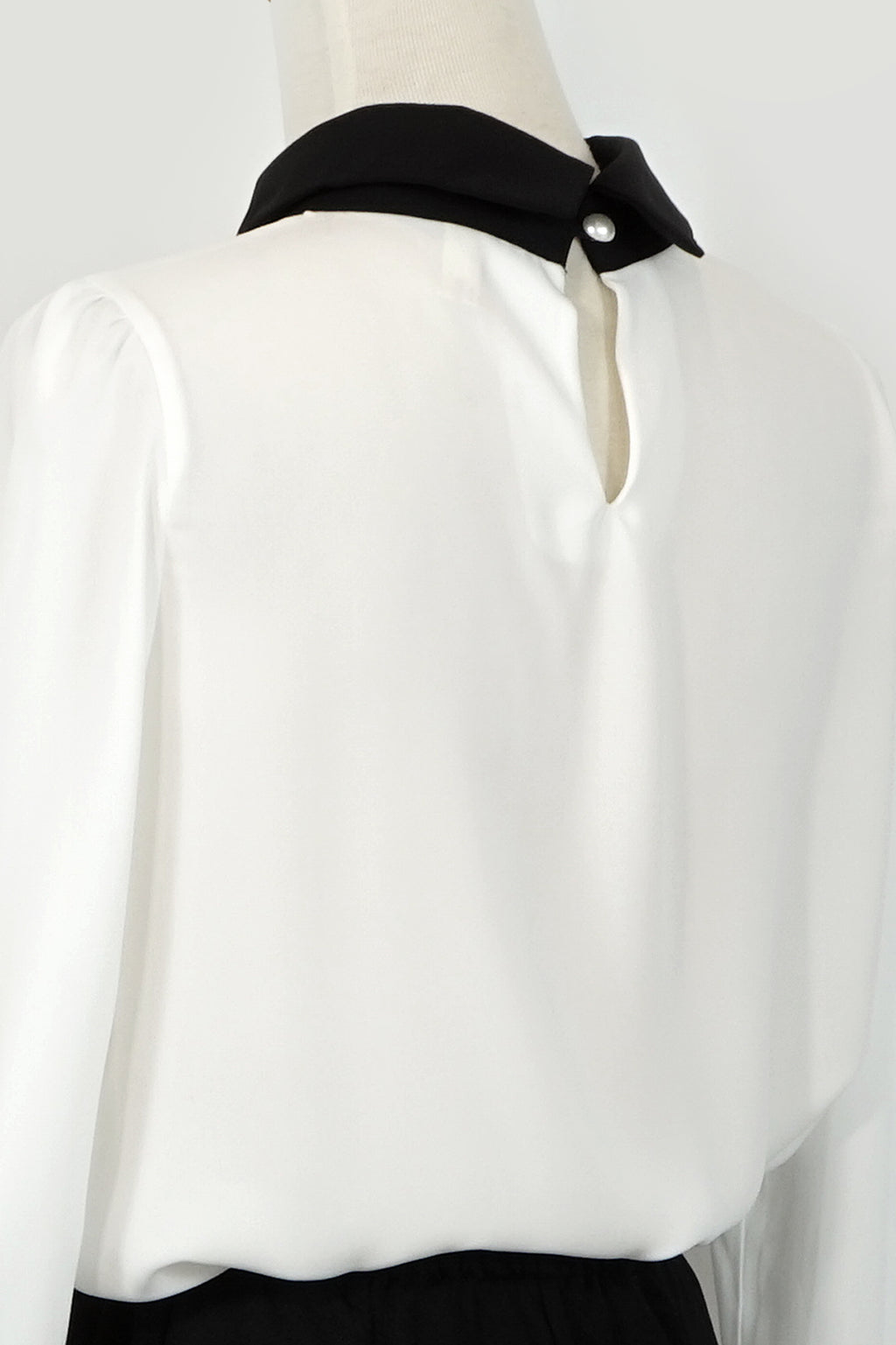 Pearl Decoration Blouse