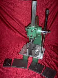 2 Ton Adjustable Press with 1 Graphite Plate set