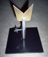 Stainless Steel V-Blade in Adjustable Stand