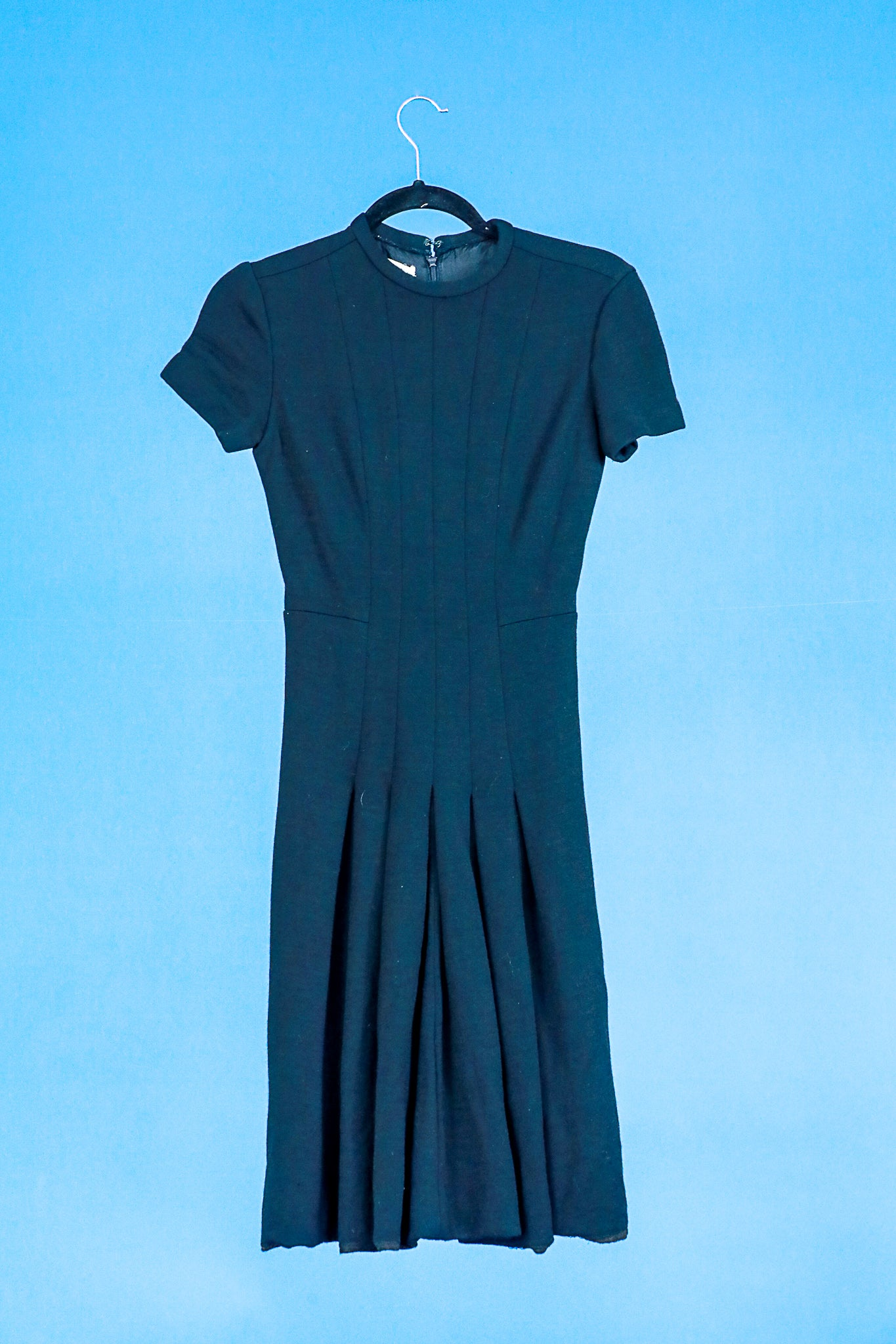 Elizabeth Arden Black Wool Dress