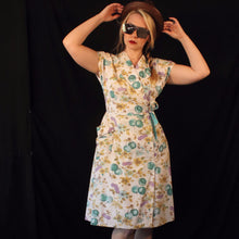 Sally- 1940s Vintage Cotton Novelty Print Dress M