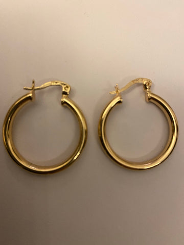 Gold hoops - 2 sizes