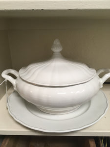 All White Diamondstone Soup Tureen