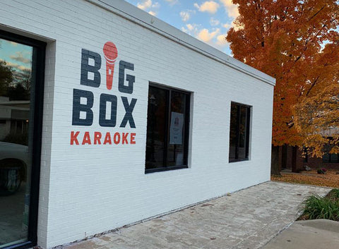 big box karaoke, fun, girls night out, northwest arkansas, ladies, drinks, sing, dance, dixie and dot