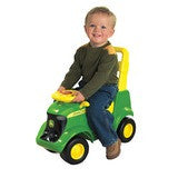SIT AND SCOOT TRACTOR TBEK35206