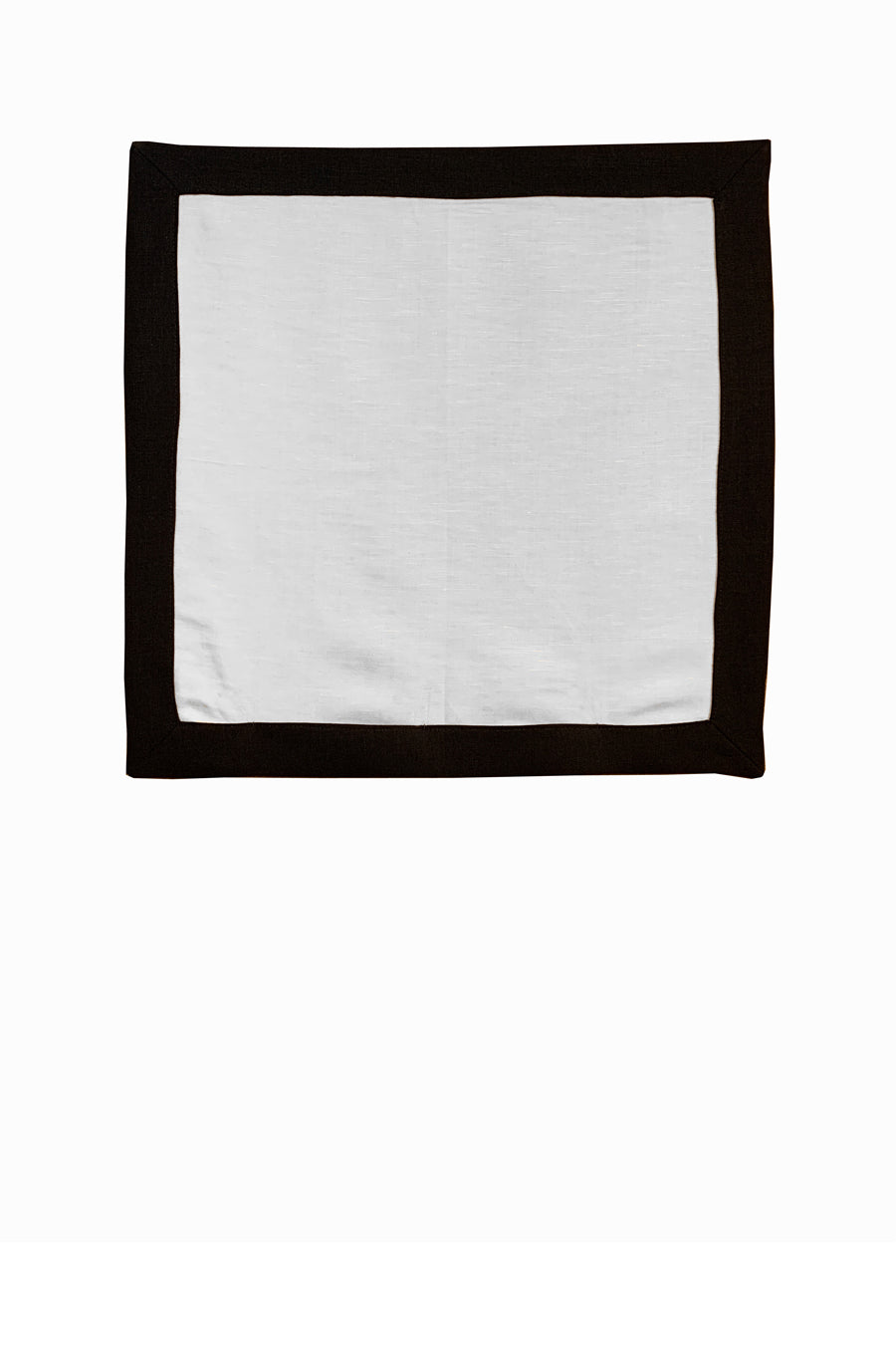 Set of 4 Contrast Border Dinner Napkin Black/White